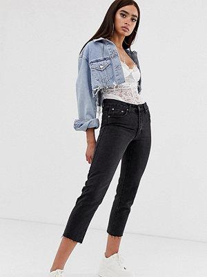 Liquor N Poker Urtvättade svarta mom jeans