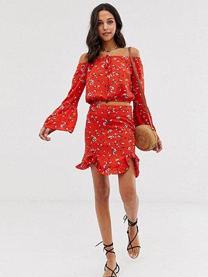 Vila Blommig kjol med volang