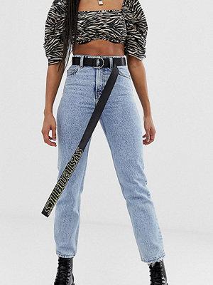 Collusion X005 Vintagetvättade jeans med raka ben