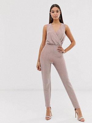 The Girlcode Minkfärgad glittrig jumpsuit i lurex med omlott fram Mink