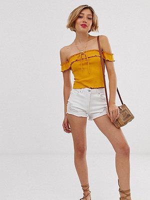 Parisian Petite Vita slitna jeansshorts