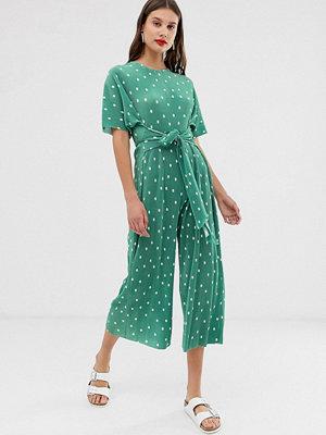 ASOS DESIGN Prickig jumpsuit med plissering och knytning framtill Grön och vitprickig