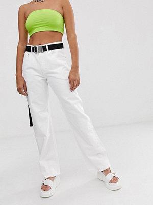 ASOS DESIGN Authentic Vita jeans i dad-modell