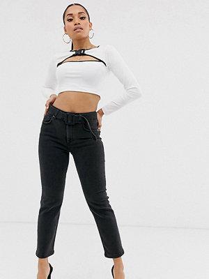 ASOS Petite Raka slim jeans i svart tvätt med hög midja och skärp