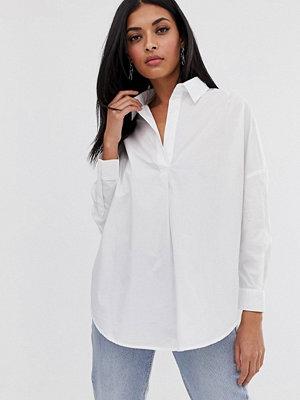 French Connection Rhodes Poplinskjorta i oversize-modell Vitt linnetyg