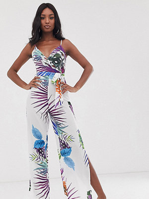 Parisian Tall Jumpsuit med smala axelband och tropiskt blommönster Blommigt mönster i flera färger