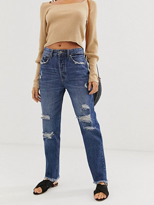Stradivarius Authentic Mörktvättade mom jeans med revor