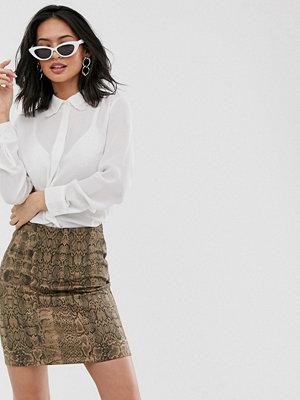 Glamorous Avslappnad skjorta med vintage spetsdetaljer Naturvit