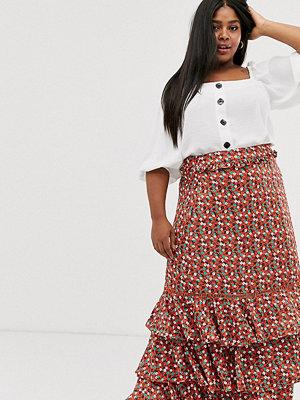 Glamorous Curve Småblommig midikjol med volanglager Rött