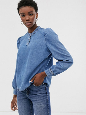 Only Jeansskjorta med detalj på axeln Mellanblå denim
