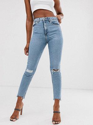 Jeans - ASOS DESIGN Farleigh Ljust vintagetvättade slim mom jeans med hög midja