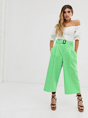 ASOS DESIGN Mansy Culotte-byxor med skärp och spänne
