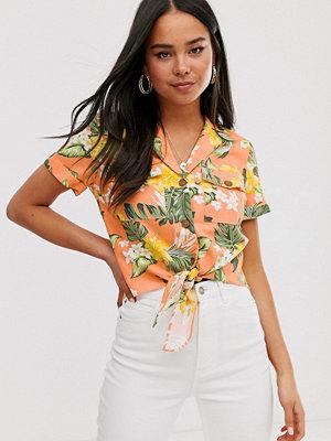 Miss Selfridge Tropiskt mönstrad skjorta