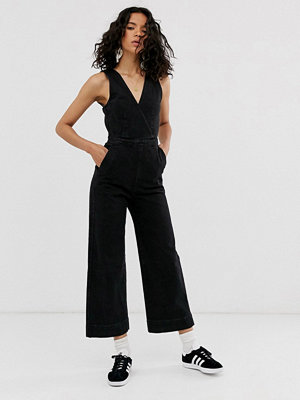 Weekday Svart ärmlös jumpsuit i denim