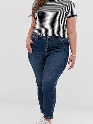 Urban Bliss Plus Jeans med raka ben Tvättad indigo