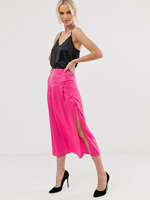 Unique21 Utsvängd kjol med knapp Varmrosa
