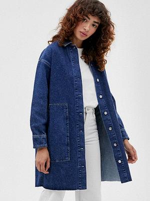 Selected Femme Mellanblå jeansskjorta