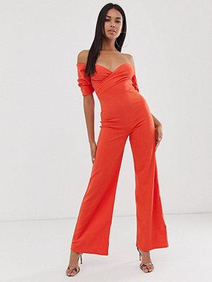 Club L London Orange jumpsuit med bardotringning och vida ben