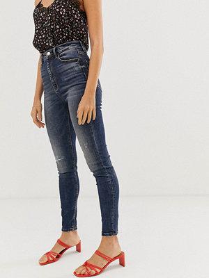 Stradivarius Mellanblå jeans med superhög midja