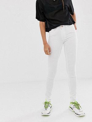 Noisy May Lucy Extreme Mjuka skinny jeans med medelhög midja Kritvit