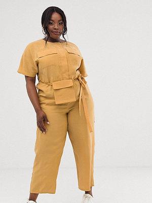 ASOS Curve Minimal jumpsuit med avtagbar magväska Mustard senapsgul