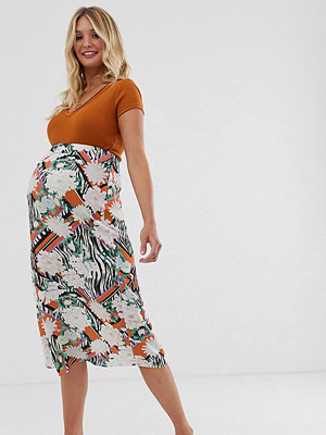 ASOS Maternity Djur och blommönstrad diagonalskuren kjol Animal floral print