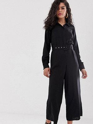 Asos Tall Jumpsuit i skjortmodell med skärp och underdel i culottemodell