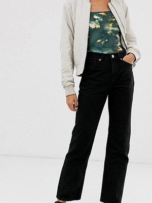 Monki Imko Svarta jeans i ekologisk bomull med raka ben