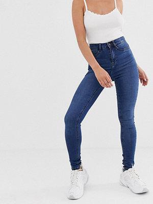 Noisy May Mellanblå skinny jeans med hög midja Mellanblå denim