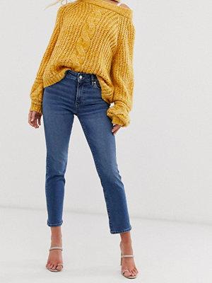 Mango Blå jeans med bekväm stretch och raka ben