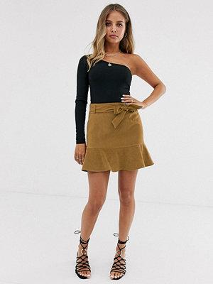 Miss Selfridge Tanfärgad kjol i mocka