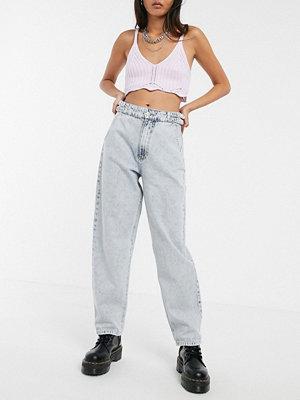 Bershka Blå jeans med skärp