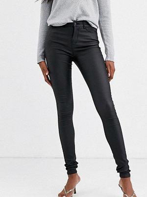 Vero Moda Tall Svarta skinny jeans med beläggning