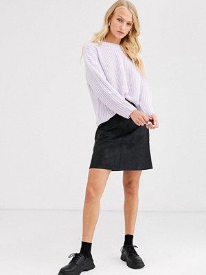 Only A-linjeformad kjol i texturerad läderimitation