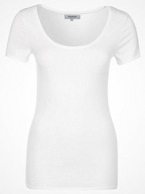 Zalando Essentials Tshirt bas white