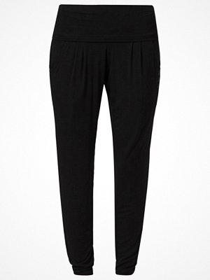 Curare Yogawear Träningsbyxor black