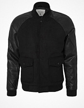 Jackor - Native Youth Vinterjacka black
