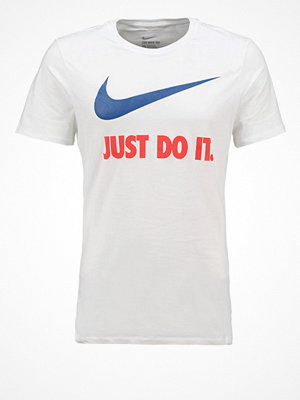 Nike Sportswear NEW JUST DO IT SWOOSH Tshirt med tryck white/team royal