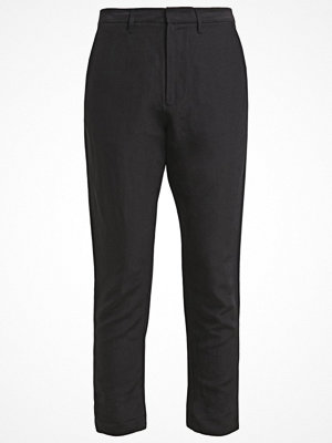 Hope svarta byxor NEWS Chinos black