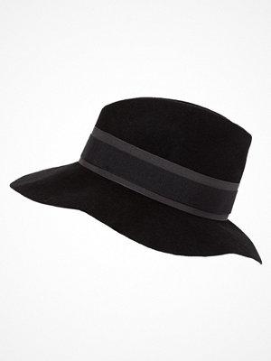 Hattar - Patrizia Pepe Hatt black