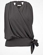 Filippa K Blus coal