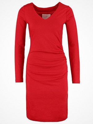 Kaffe INDIA Jerseyklänning haute red