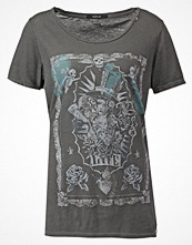 Replay Tshirt med tryck washed black