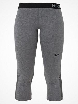 Nike Performance Träningsshorts 3/4längd dark grey/heather/black