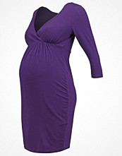 New Look Maternity Jerseyklänning dark purple