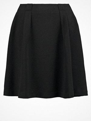 Vero Moda VMGOIACITY  Alinjekjol black