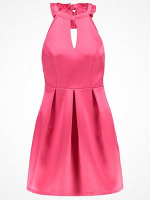 Lipsy Cocktailklänning pink