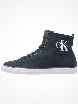 Calvin Klein Jeans ARTHUR Höga sneakers navy