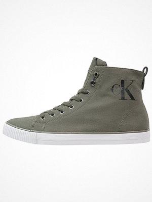Calvin Klein Jeans ARTHUR Höga sneakers military