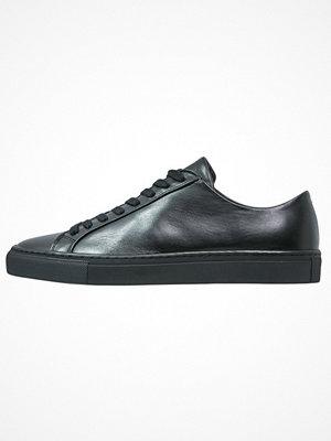 Filippa K Sneakers black